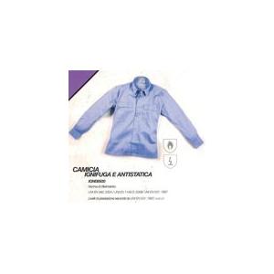 Camisa Ignifuga e anti-estatica em cor azul claro.