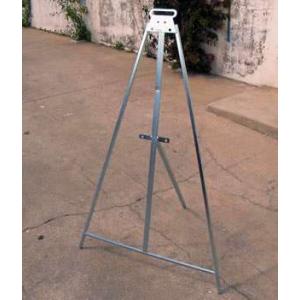 Tripé Universal  com 1,20 mt de altura para sinais de 60/70