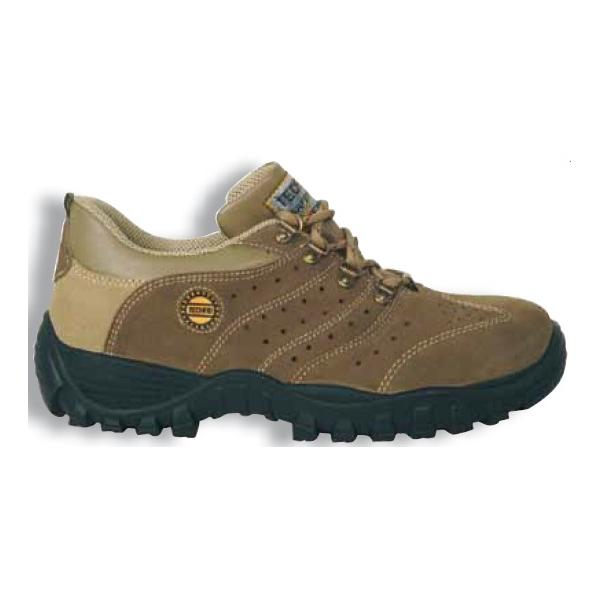 Sapato perfurado castanho Nilo COFRA c/biq. e palmilha aço